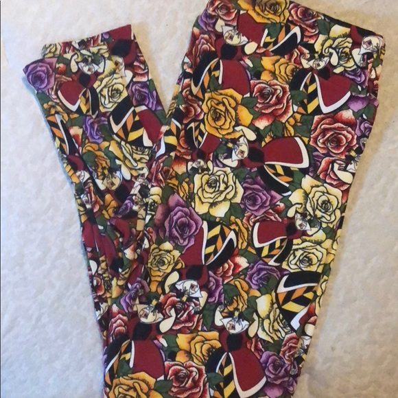ddbcc7e0f6fed5 Lularoe Queen of Hearts tc Leggings Disney. M_5a7799ff72ea885a63d60731
